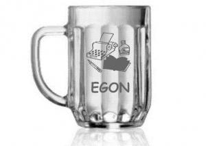 dárek pro spisovatele - sklenice s vypískovaným jménem