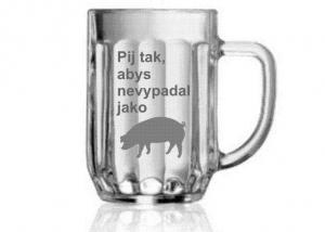 Vtipný dárek pro kamaráda - sklenice a obrázek prasete