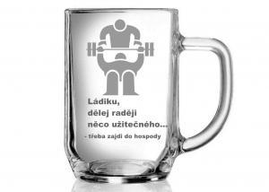 sklenice pro Láďu - dar pro kulturistu s obrázkem posilování