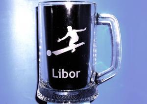 dárek s motivem bowlingu, kuželek a jménem Libor
