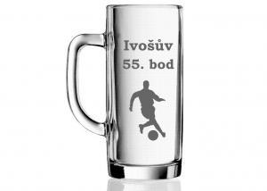 dárková sklenice pro fotbalistu k pětapadesátinám s obrázkem fotbalisty